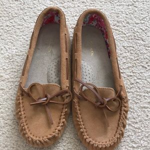 G. H. Bass & Co leather moccasins